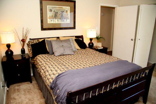 813 988 9121 1 3 Bedroom 2 Bath River