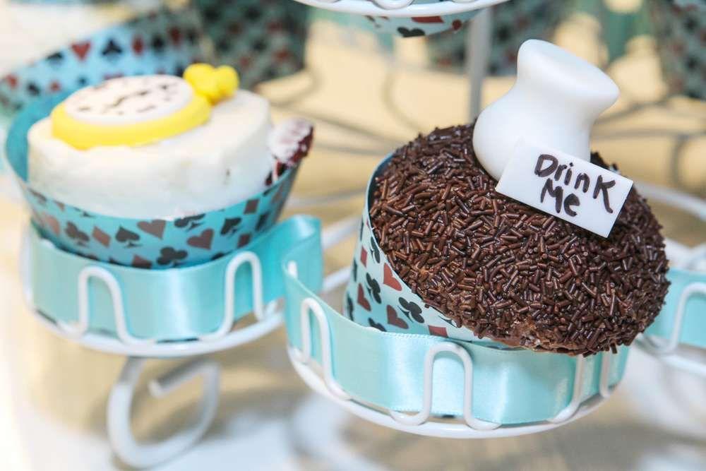 Alice in Wonderland Birthday Party Ideas | Photo 1 of 39