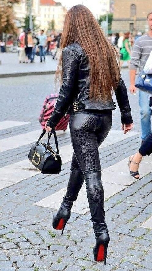Tight Leather Pants, Leather Trousers, Leather Boots, Badass Outfit, Leather  Fashion, c908ab3f0f