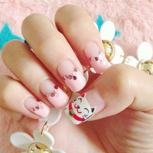 Chinese New Year Beckoning Cat Nail Art Idea Credits Bbernice On Instagram Holiday Nails New Years Nail Art New Year S Nails