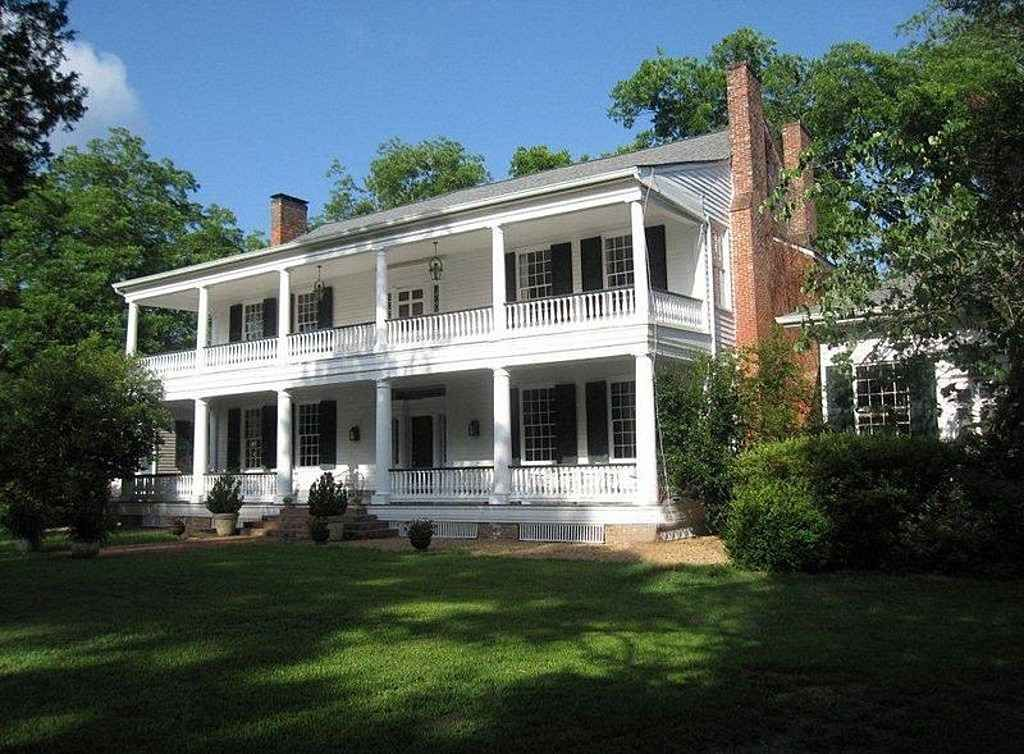 Southern Plantation Homes For Sale In Mississippi