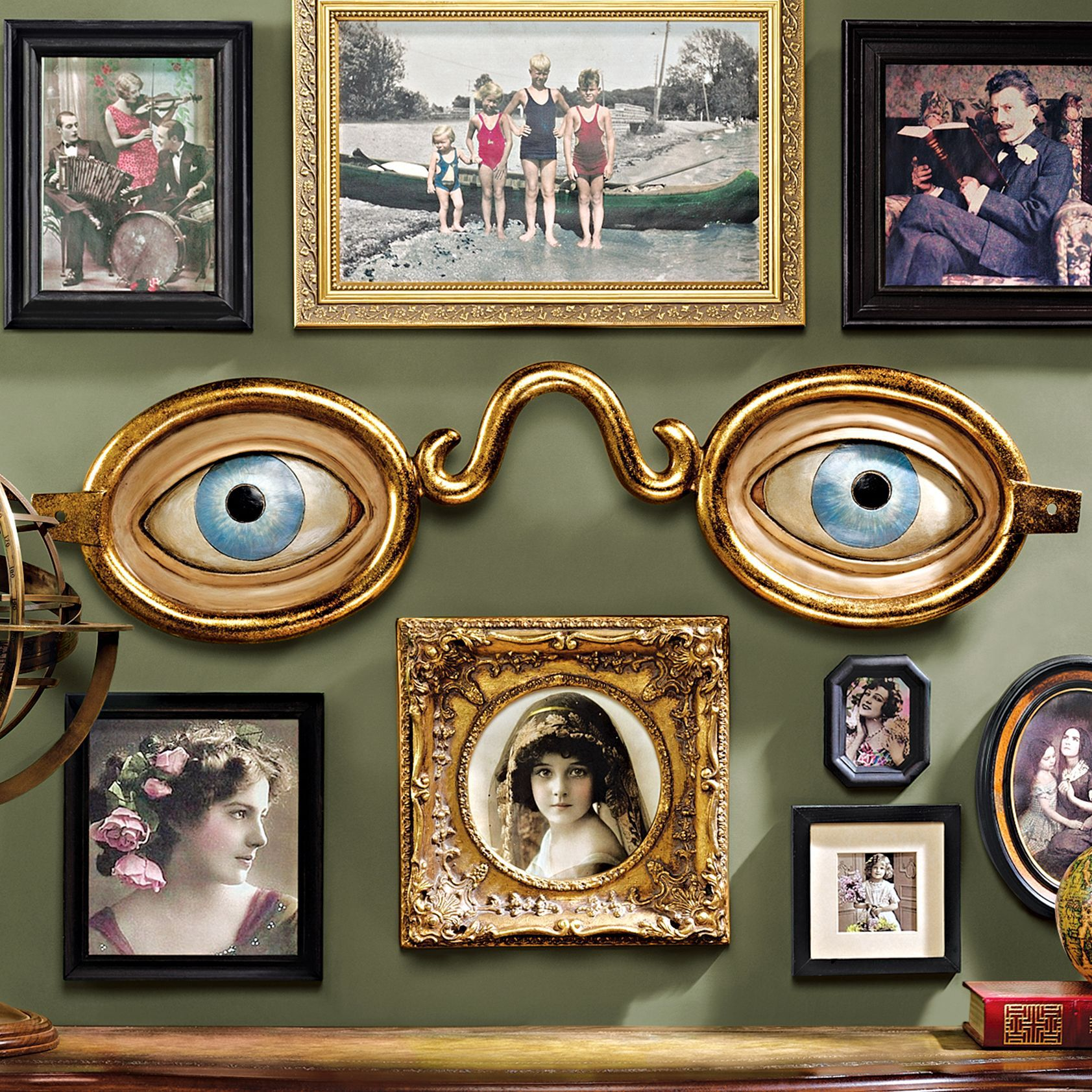 Folk art optometrist trade wall sculpture pratice design