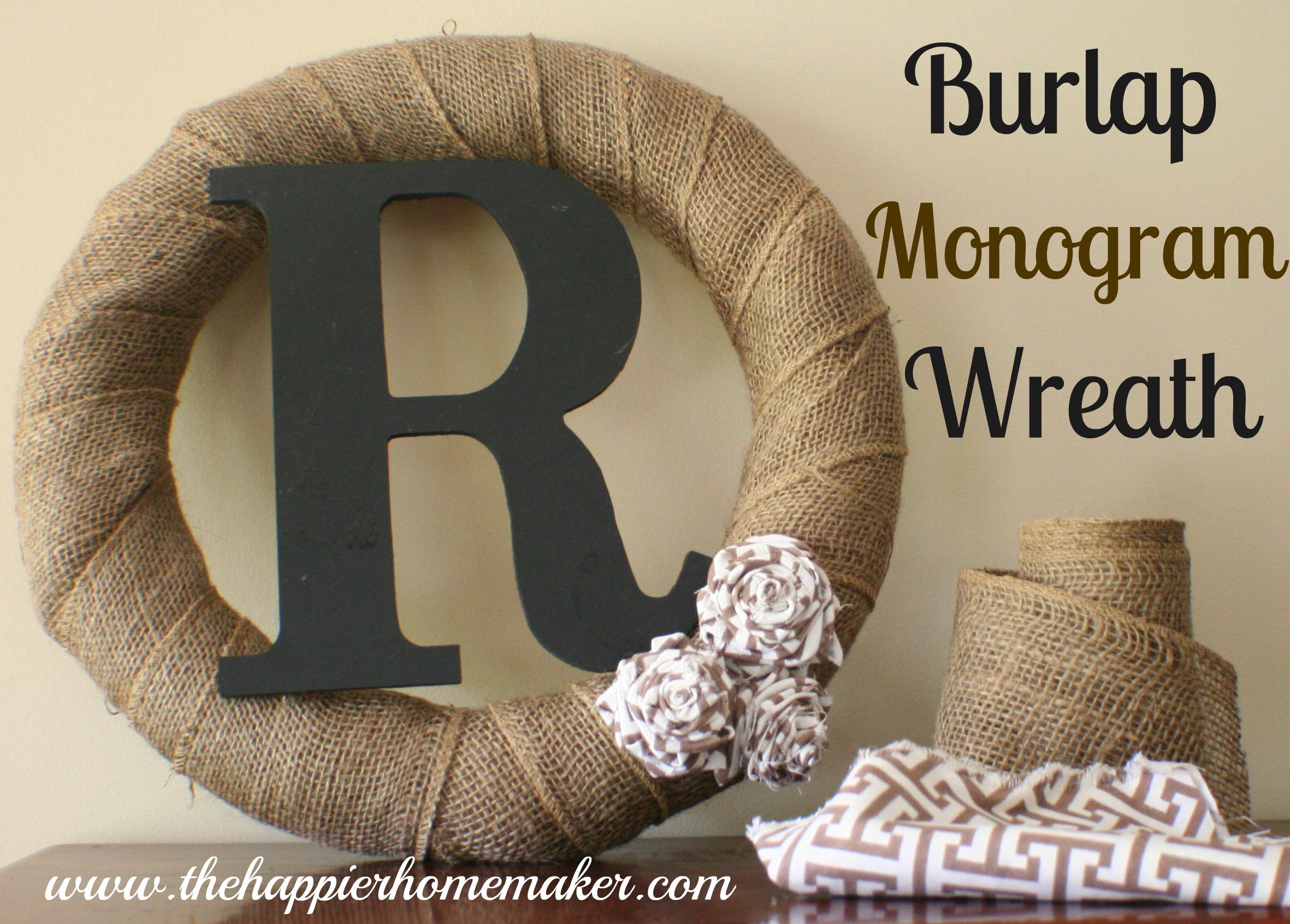 burlap monogram wreat - so simple and beautiful. I love it ...