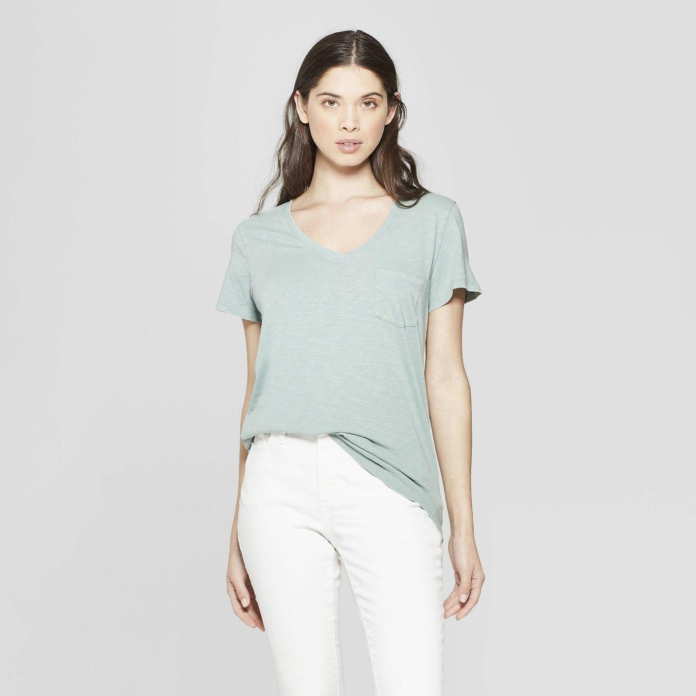 98a63590652be Women's Monterey Pocket V-Neck Short Sleeve T-Shirt - Universal Thread™ :  Target