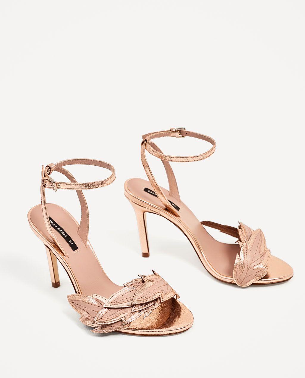 72f76a74 SANDALIA TACÓN DETALLE HOJA de Zara | Shoes | Zapatos de novia ...