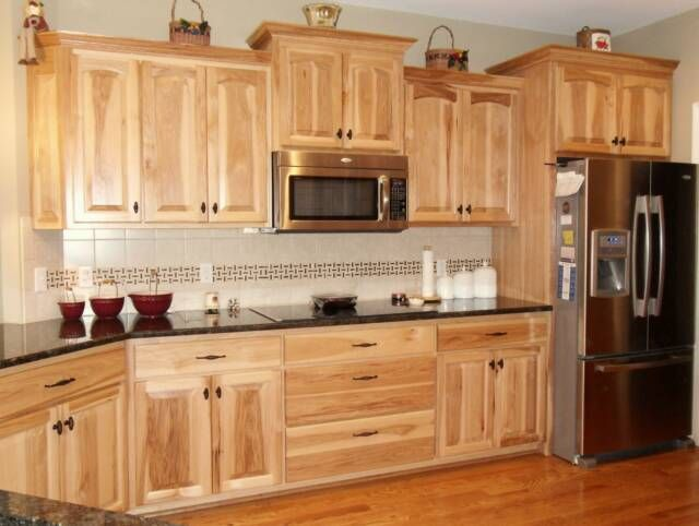 What Granite Choice With Natural Hickory Cabinets Hickory Kitchen Cabinets Hickory Cabinets Hickory Kitchen