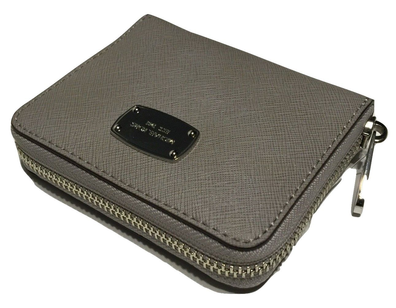 ba8cb0933d77c8 Michael Kors ZA Bifold Jet Set Travel Clutch Wallet Pearl Grey Saffiano  Leather. Get the lowest price on Michael Kors ZA Bifold Jet Set Travel  Clutch Wallet ...