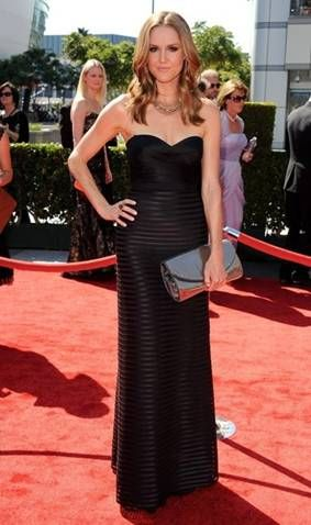 Erinn Hayes Hits 2012 Primetime Creative Arts Emmy Awards Red Carpet in BCBGMAXAZRIA Gown on http://www.shockya.com/news
