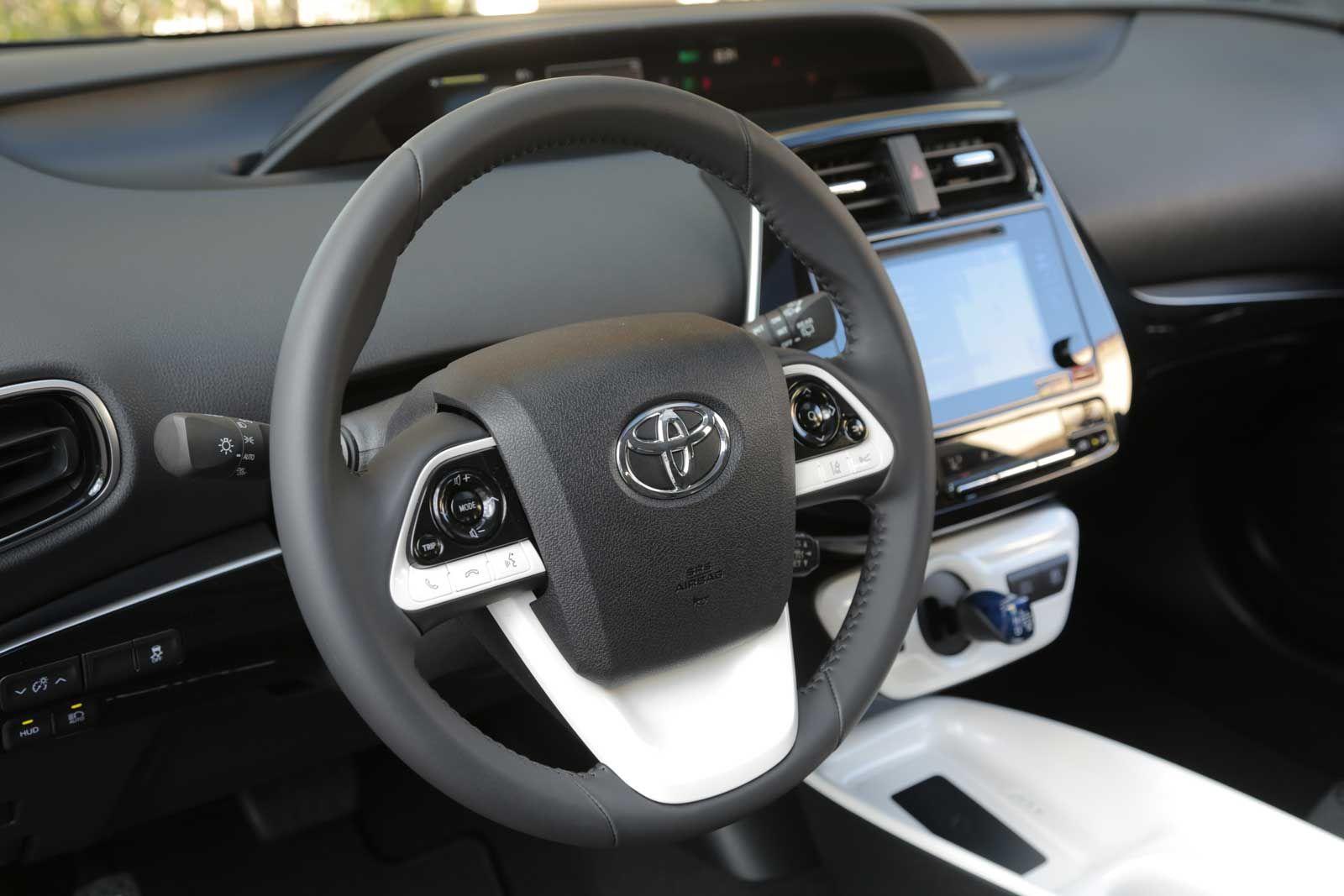2016 Toyota Prius Toyota