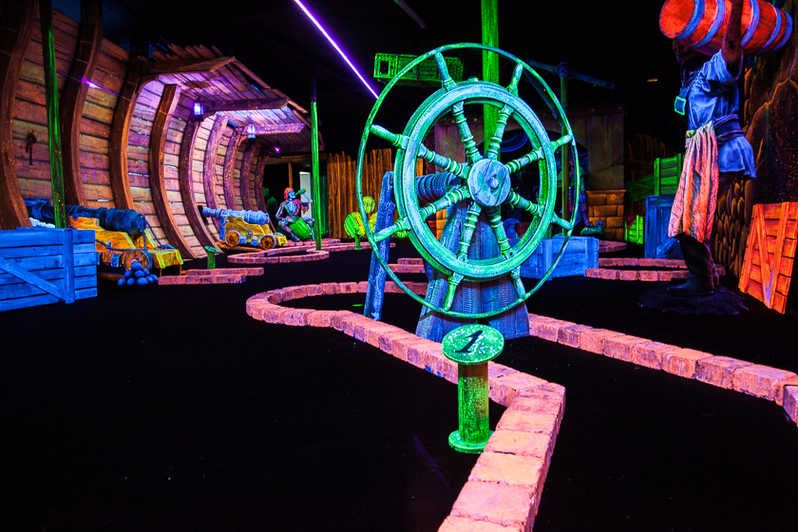 Glow in the dark golf uk betting do you have to bet the nuts on the river