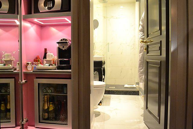 La Maison Favart Bathroom | □ SPA + BATH TIME□ | Pinterest | Spa ...