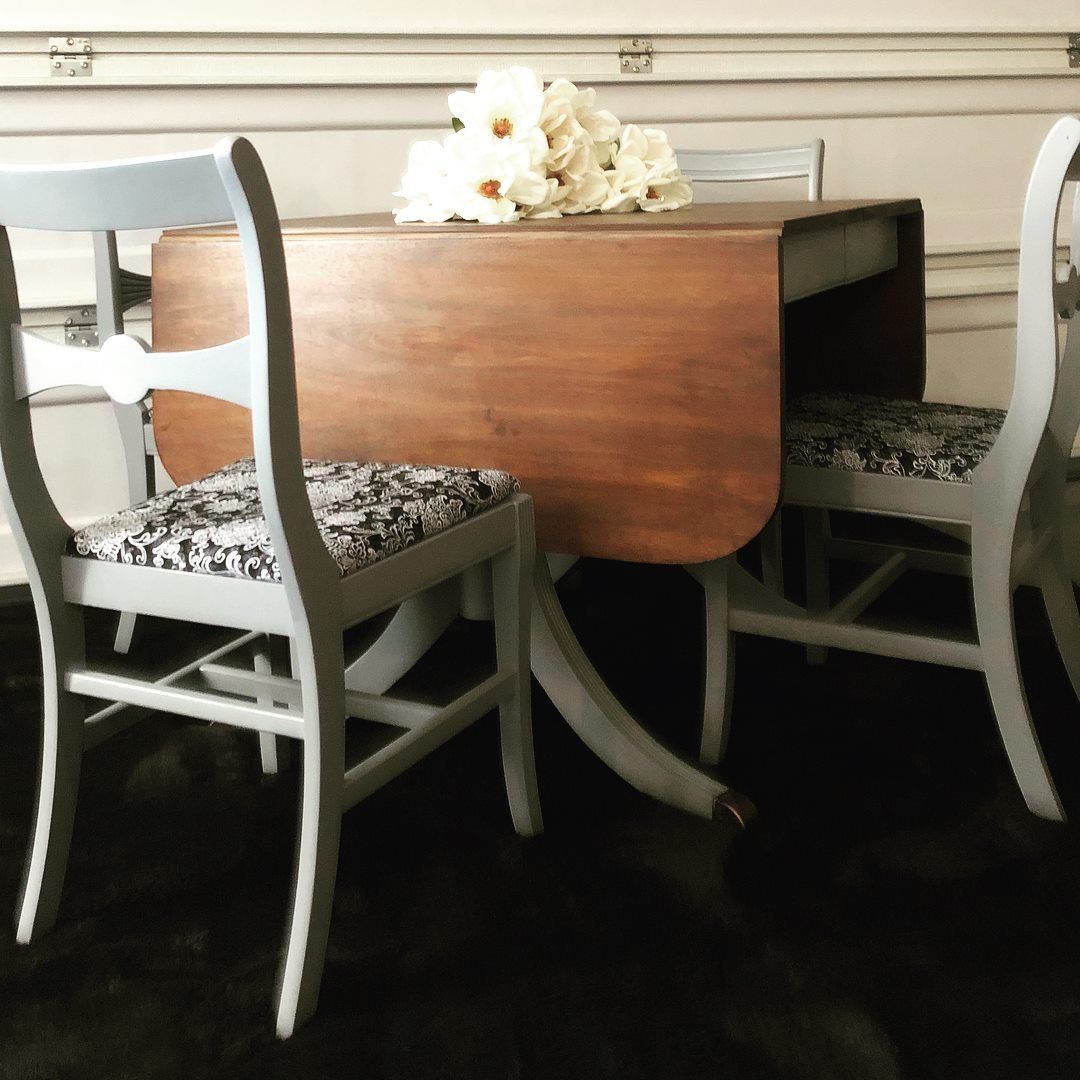 Duncan Phyfe style table and chairs.   Chair, Table and ...