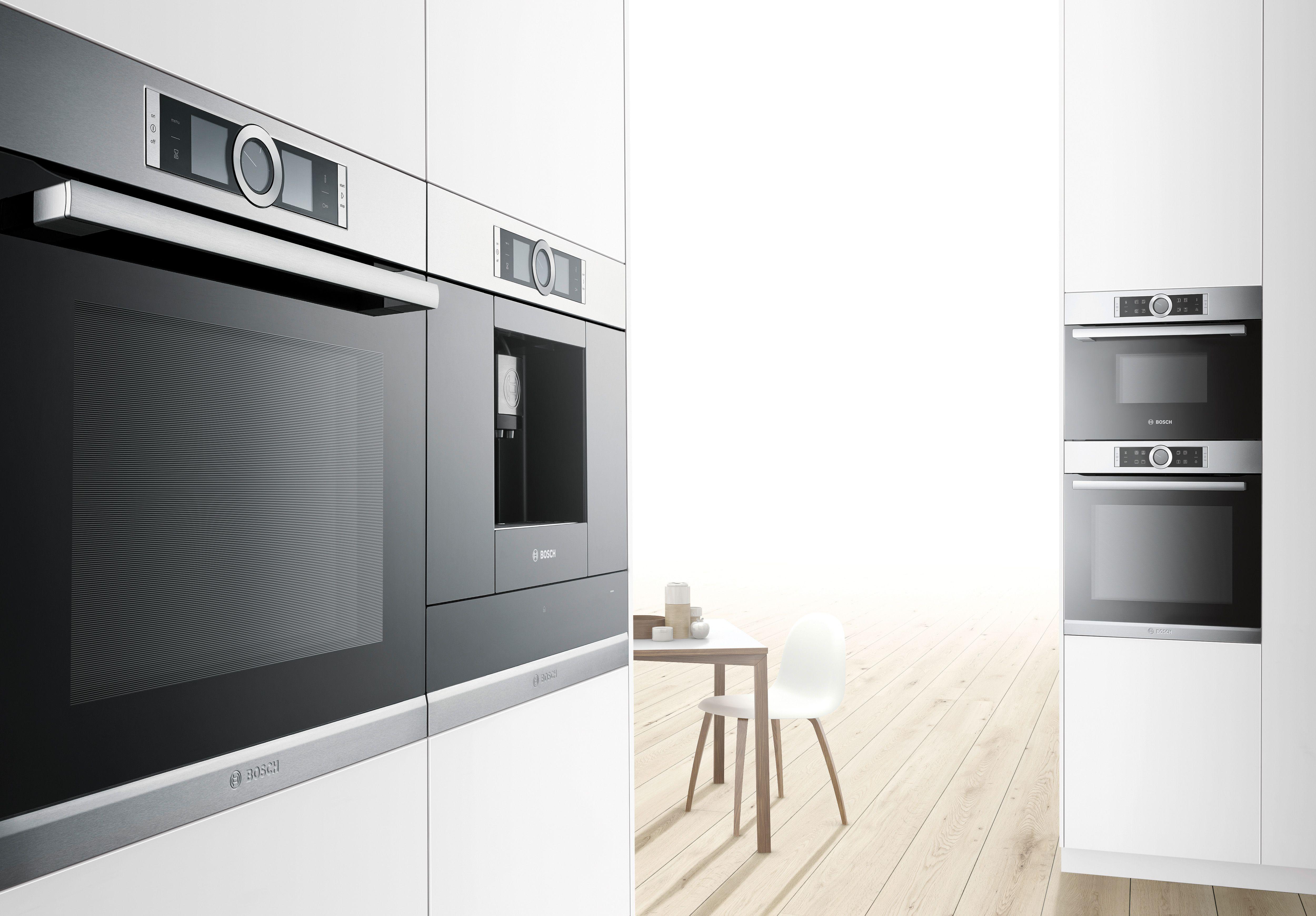 New Serie 8 BOSCH collection, single oven, coffee machine (centre ...