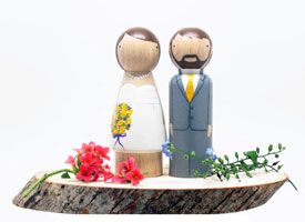 How-Tuesday: Paint Your Own Cake Toppers on Etsy