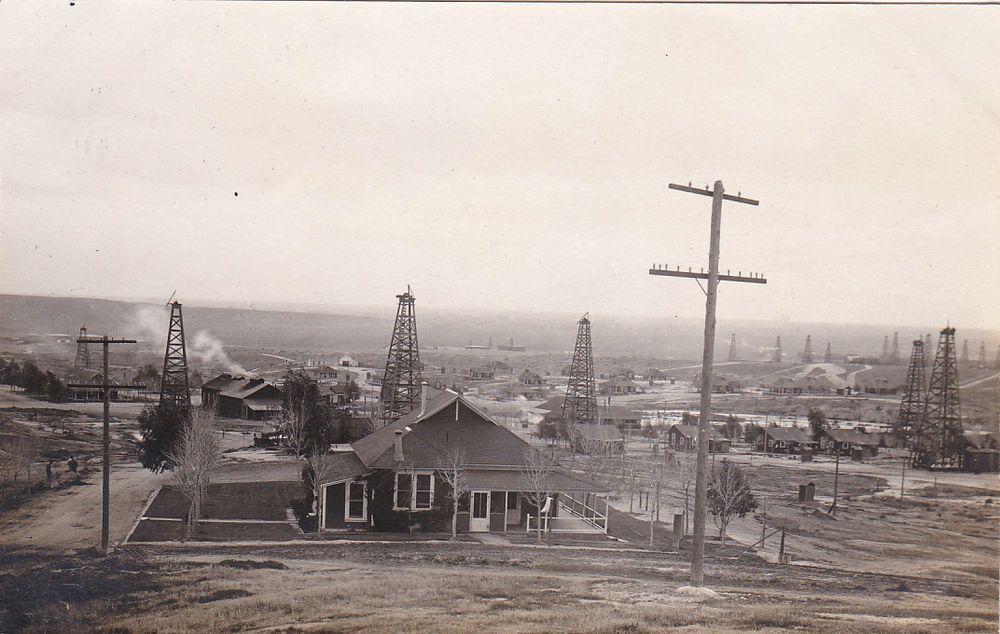 Bakersfield,CA Oil Gusher in Kern River Field California