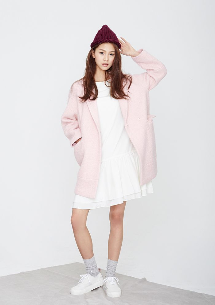 LOOKAST CHAPTER #6 - Soft pink oversize half coat