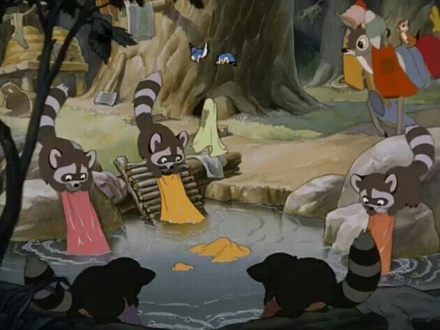Snow White's friends lend a helping hand. | Disney posters, Disney kids,  Painting