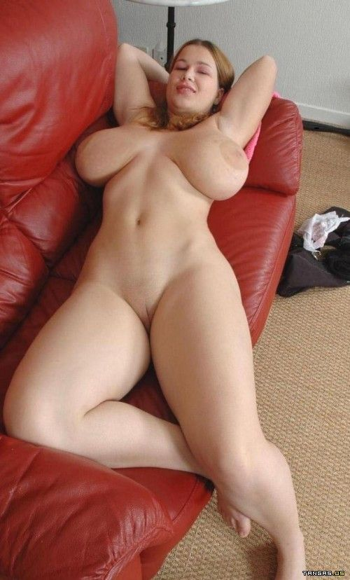 Nude chubby in bed