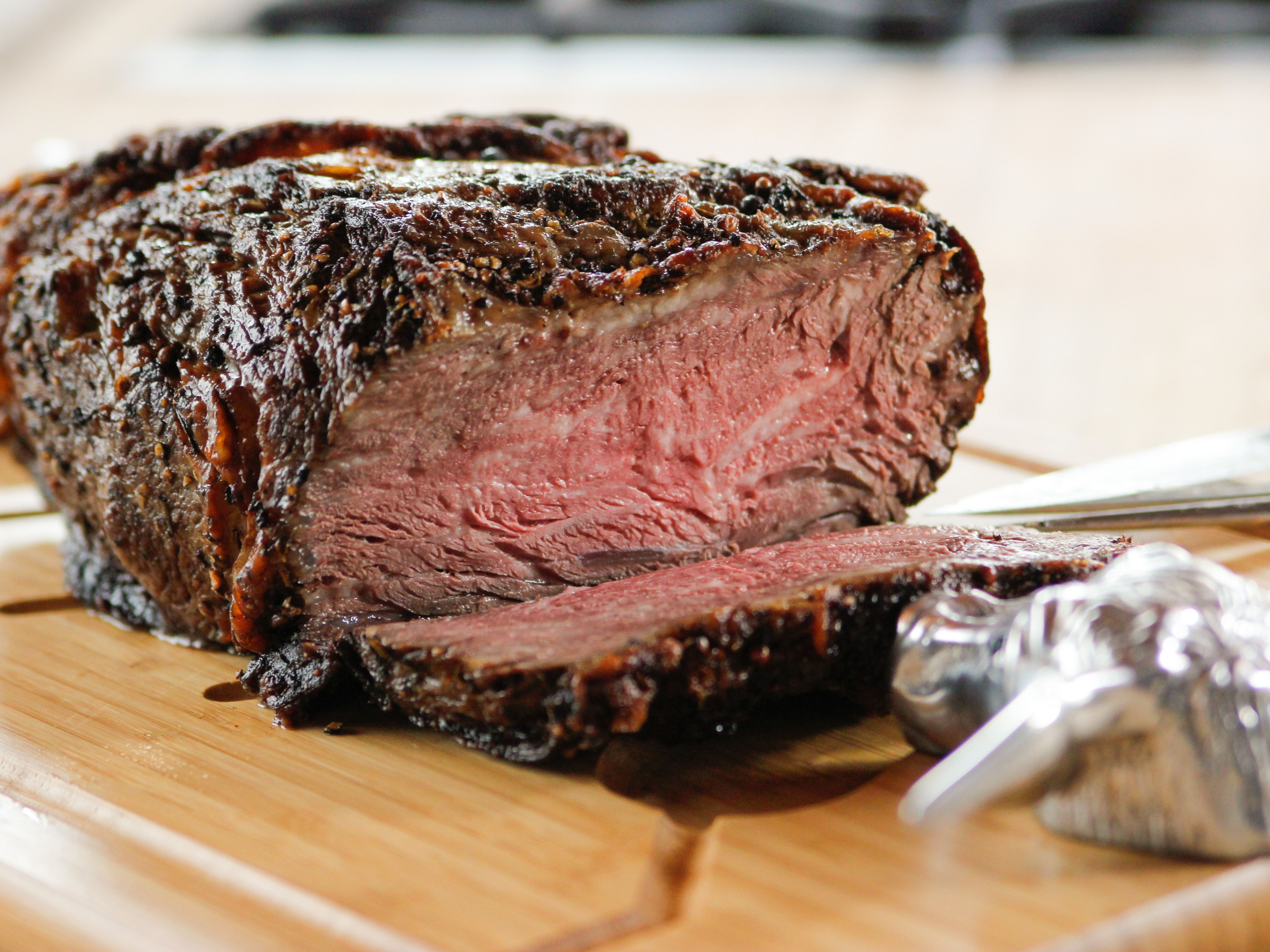 how to cook a 2.5 lb roast in the oven