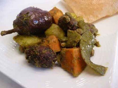 Famous gujarati food undhiyu recipe gujarati undhiyu recipe video food famous gujarati food undhiyu recipe forumfinder Images