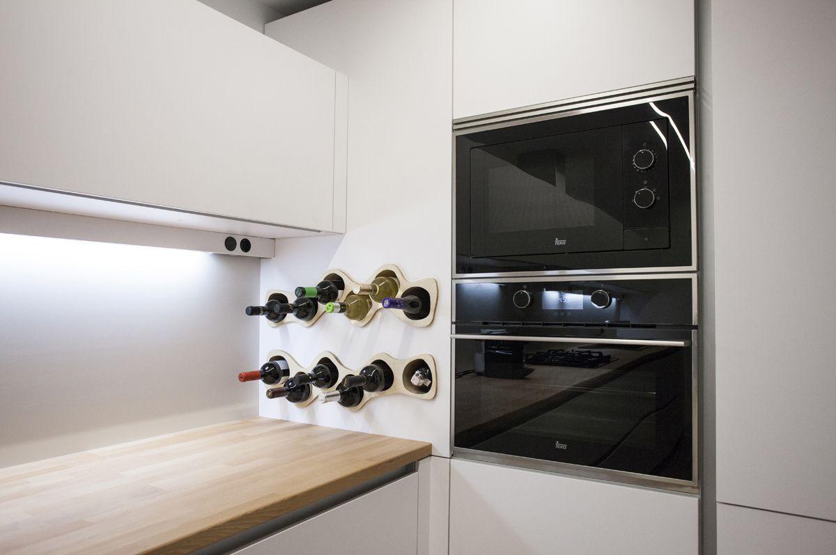 Cocina Santos modelo Line E 13mm acabado Insbruck con cajón superior ...