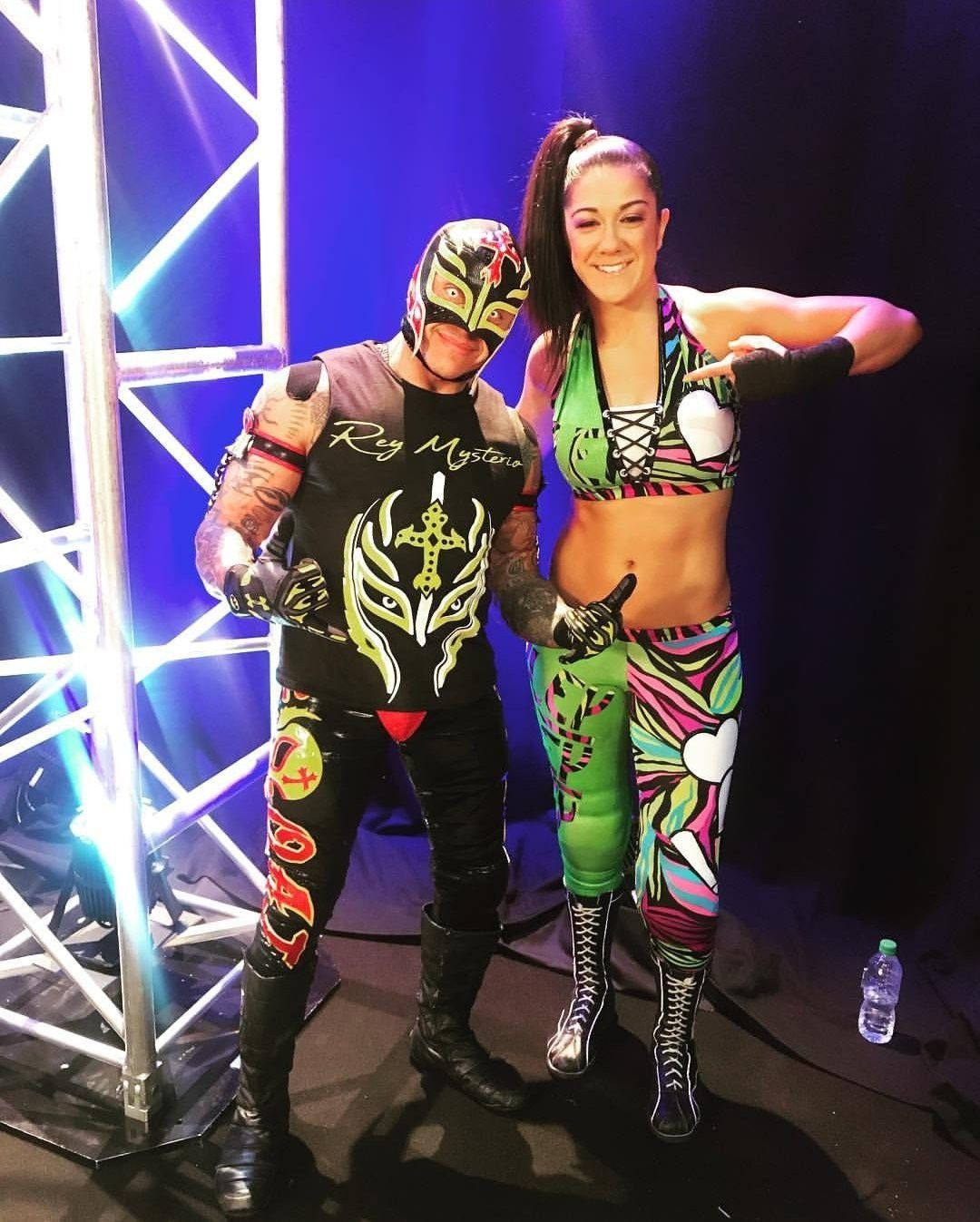 Bayley Rey Mystero Wwe Female Wrestlers Wrestling Superstars