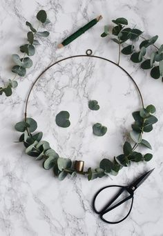 Photo of How to make a minimalist Christmas wreath | These Four Walls