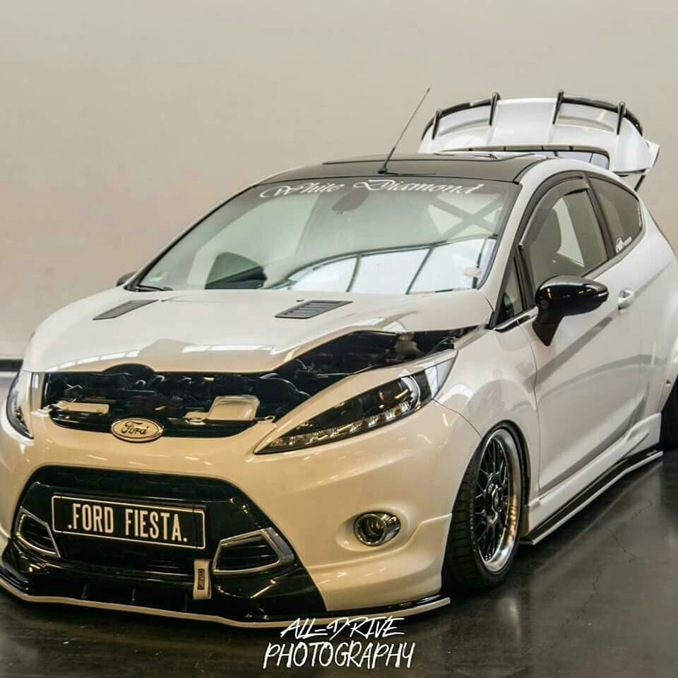 Pin By Omega Red On Auto Affordable Sports Cars Ford Fiesta St High Performance Cars