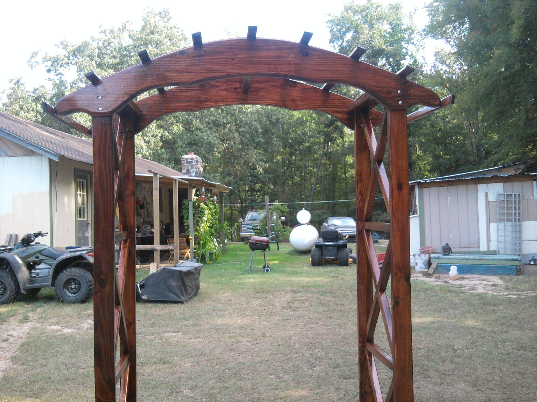 Rustic x wedding arch do it yourself home projects from ana white rustic x wedding arch do it yourself home projects from ana white solutioingenieria Image collections