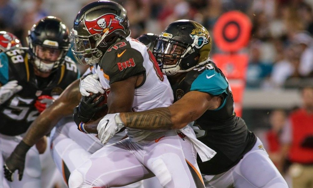 Running back Peyton Barber impressesive in  Jaguars' game = When it comes to the running game, the Tampa Bay Buccaneers don't have much to worry about. With Doug Martin and Charles Sims, the Buccaneers have their first two running backs etched in stone. The.....