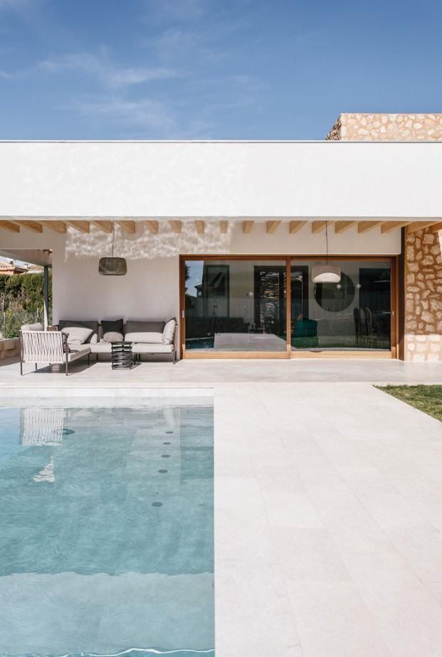 El Porche Y El Patio Principios De Una Casa Mediterránea