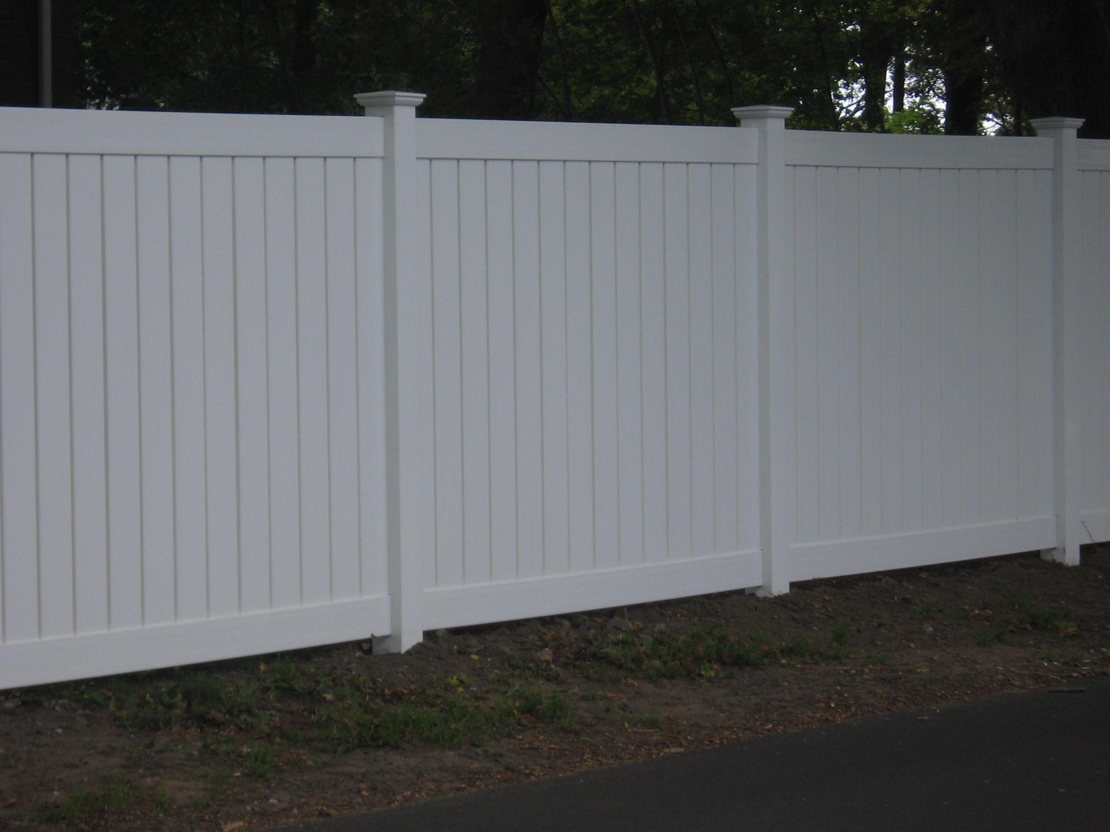 6 White Pvc Privacy Fence Vinyl Fences Brick Fence