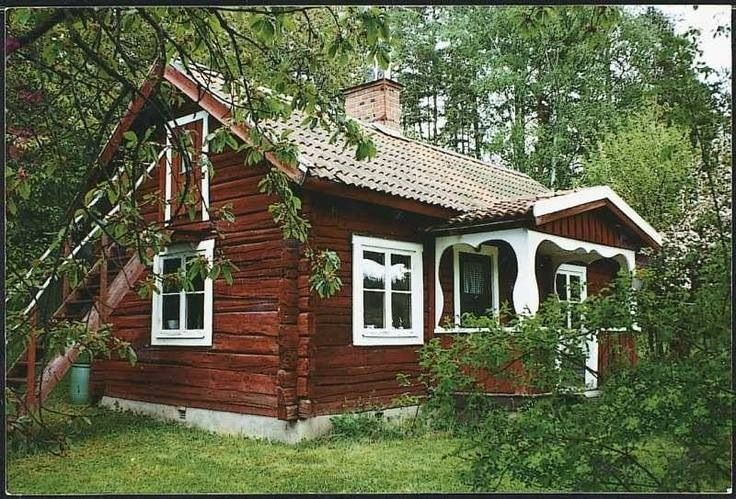 Old Traditional Swedish House In The Countryside Sweden House Swedish Cottage House In The Woods