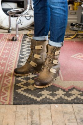 b327a121ffa4 how to wear sorel joan of arctic wedge - Google Search