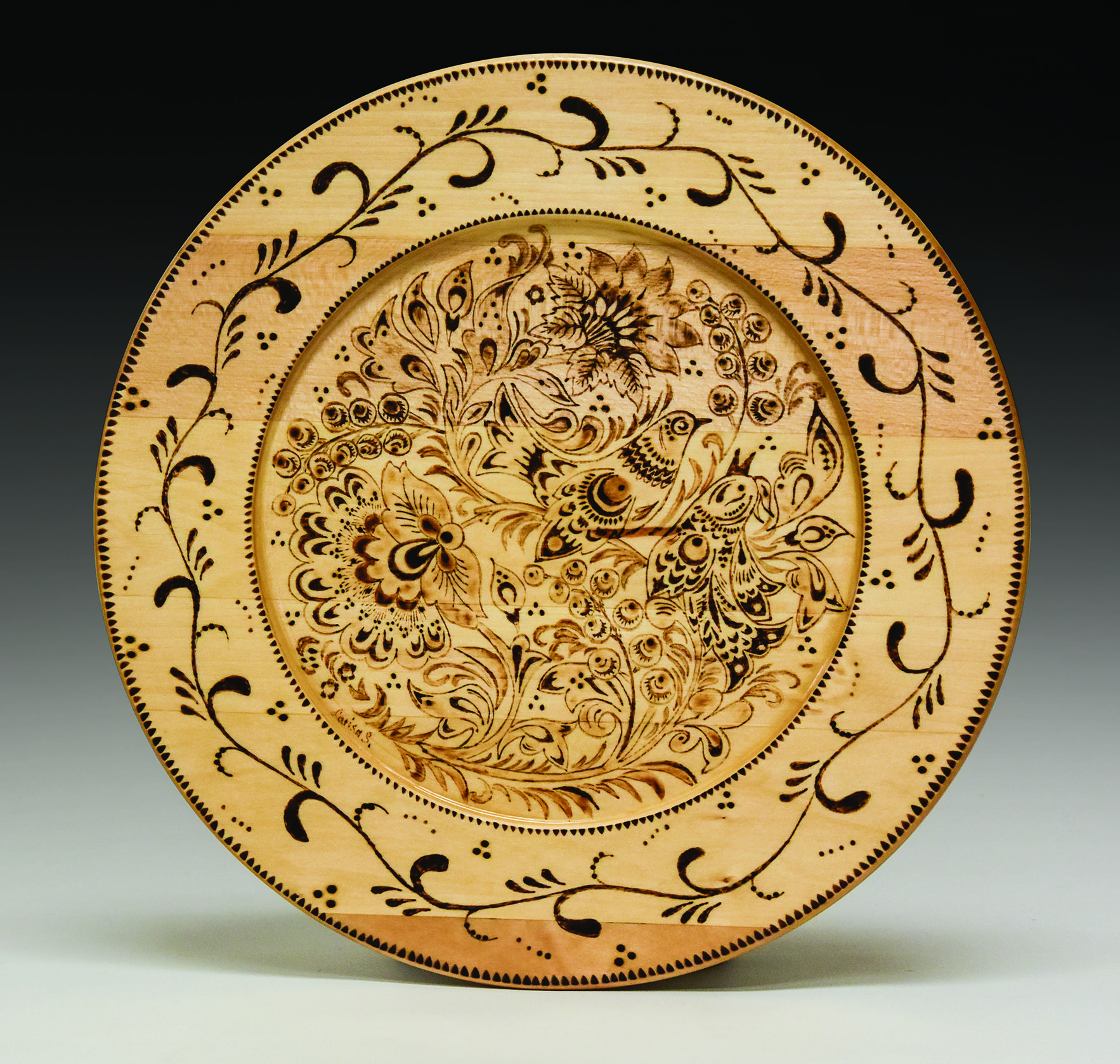 Larisa Sviridova adapted traditional Russian patterns for pyrography to create this beautiful plate.  sc 1 st  Pinterest : traditional russian tableware - pezcame.com