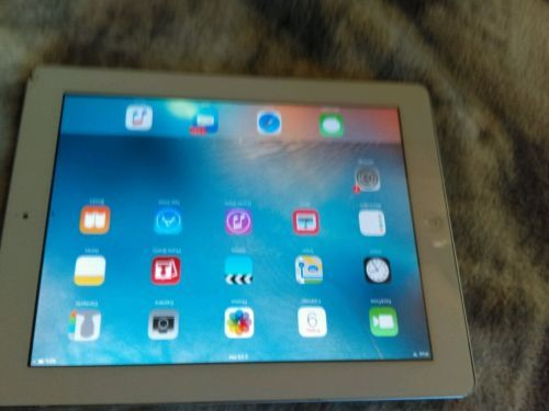 Apple iPad 2 Space Grey 16GB Wi-Fi Only MC960LL/A As-Is cracked screen