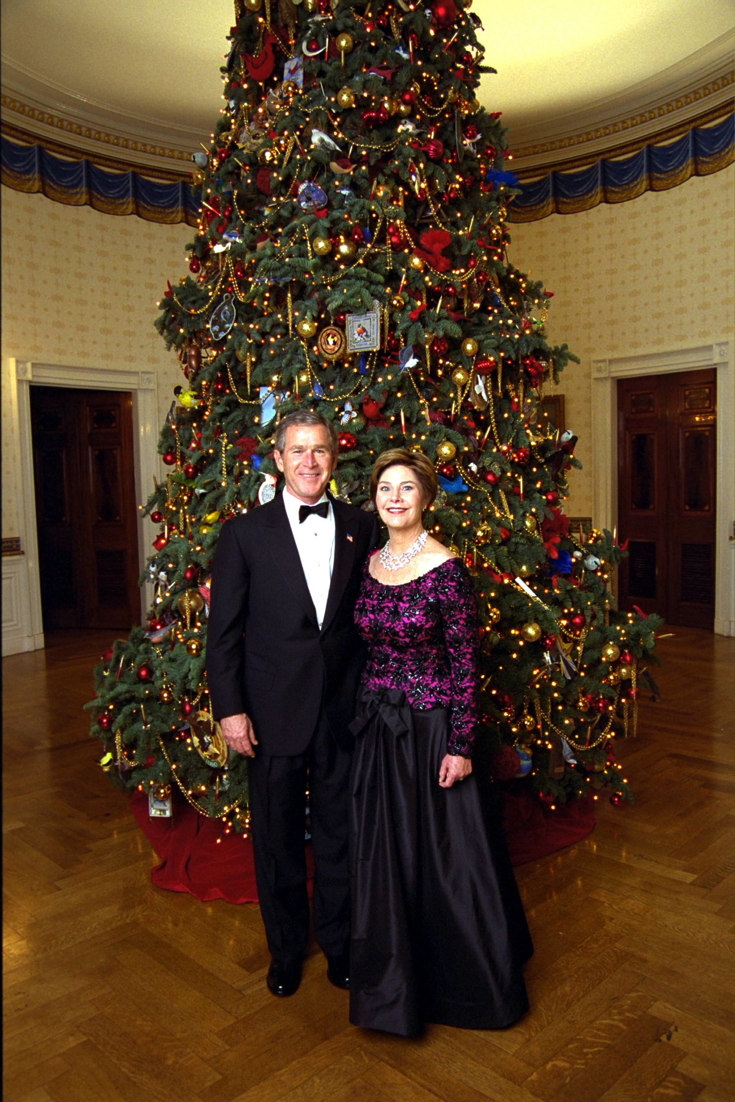 A Look Back At 80 Years Of Christmas At The White House White House Christmas Tree White House Christmas Blue Room Christmas Tree