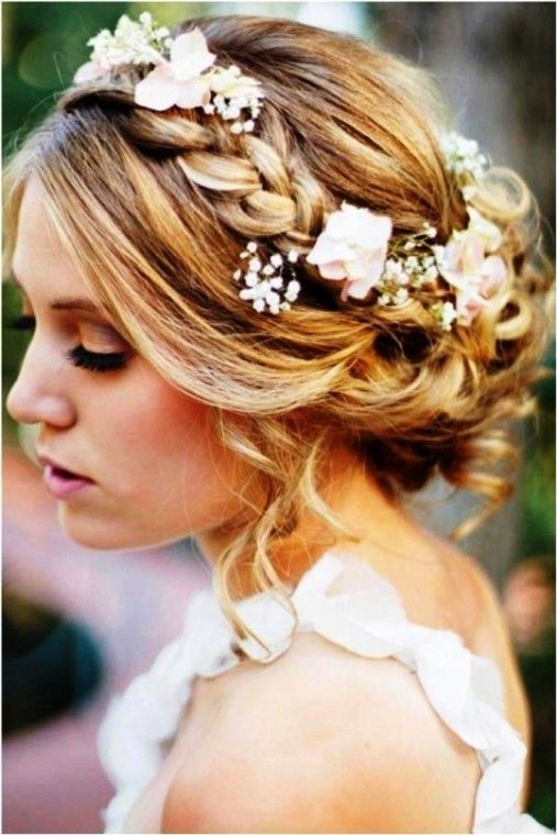Acconciature per capelli da sposa