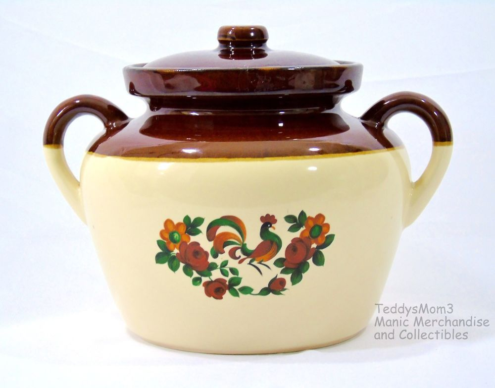 Pretty Rooster Pattern On A Mccoy Bean Pot Vintage Mccoy