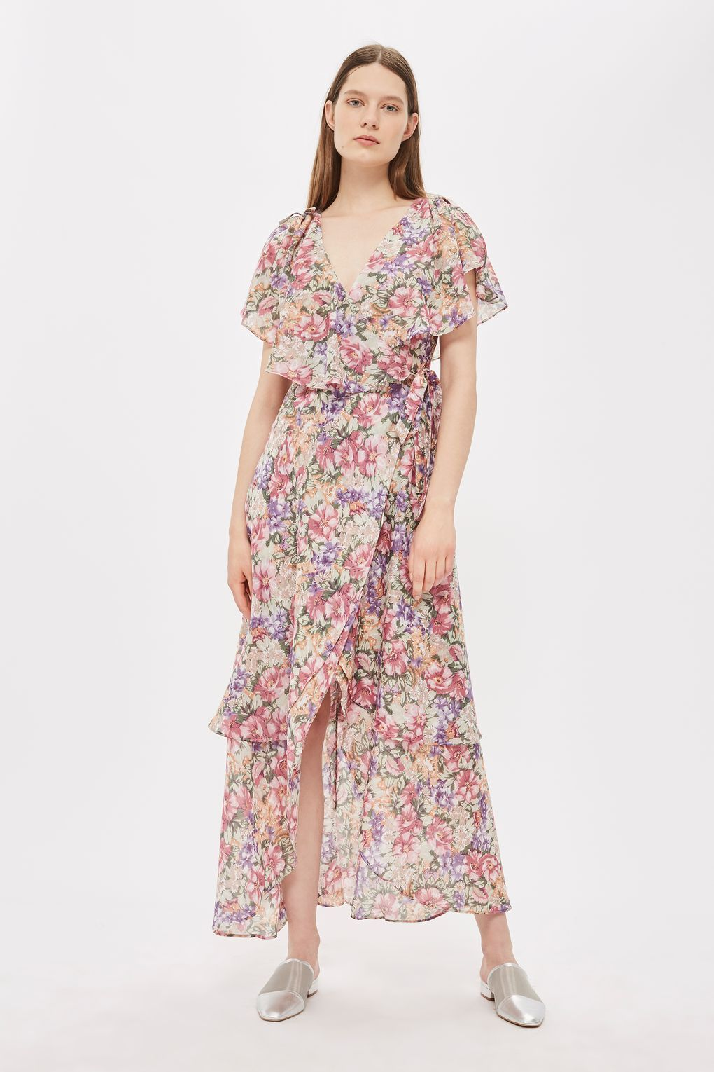 1f8b5fa80a4 You can instantly elevate your spring look to brand new heights with this  garden floral print maxi dress. In a flattering wrap design