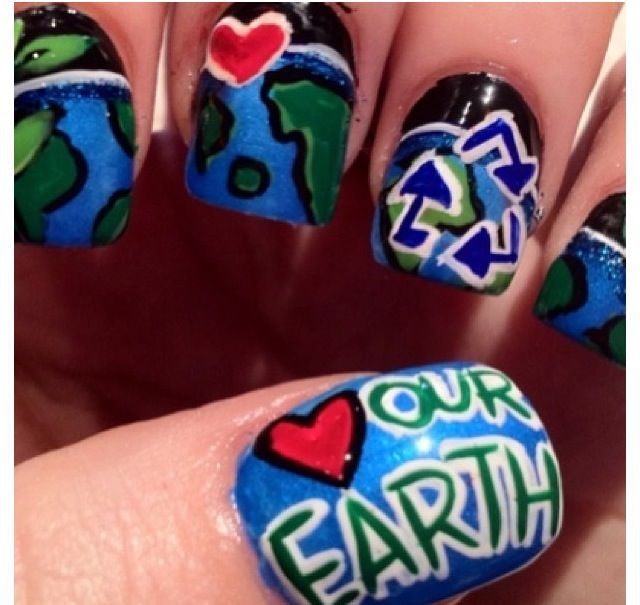 Earth-Day Nails ♻