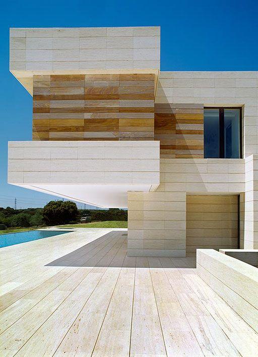 A cero design defying gravity desafiando la gravedad for Casa de lujo minimalista y espectacular con piscina por a cero