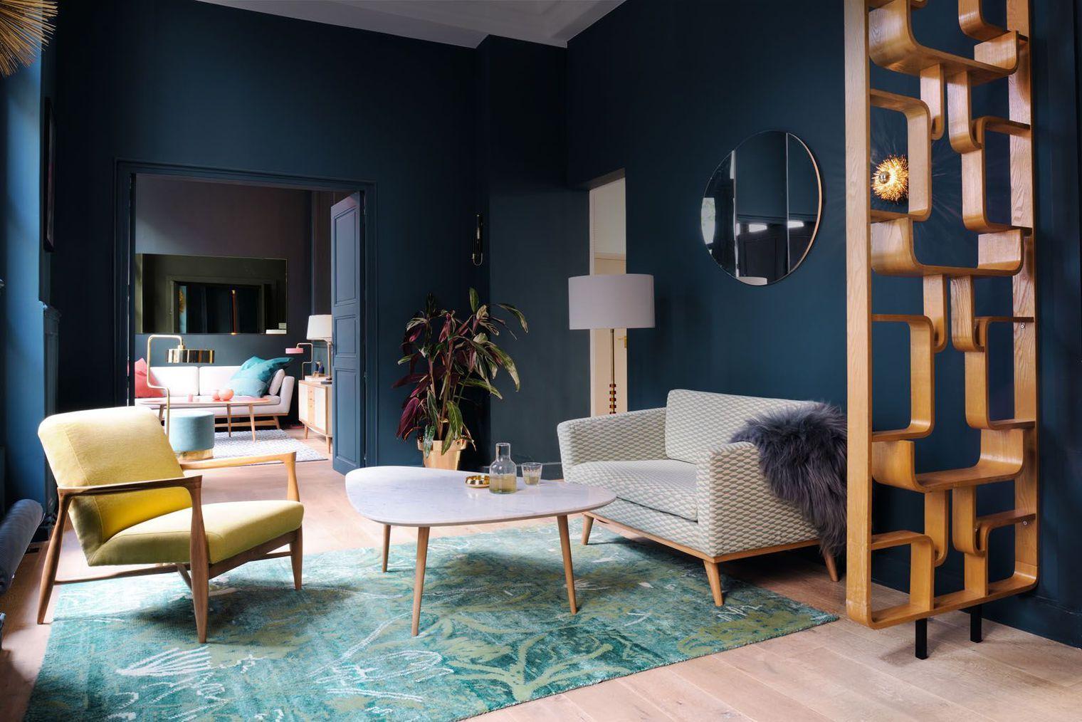 une cloison en bois ajour e home deco interior. Black Bedroom Furniture Sets. Home Design Ideas