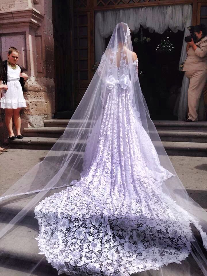 In Love with This brides Dress