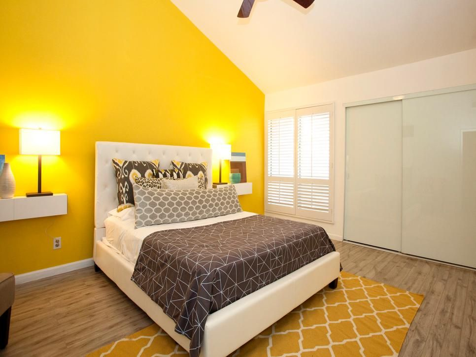14 Living Room And Bedroom Makeovers From House Hunters Renovation Yellow Bedroom Walls Yellow Bedroom Decor Living Room Yellow Accents