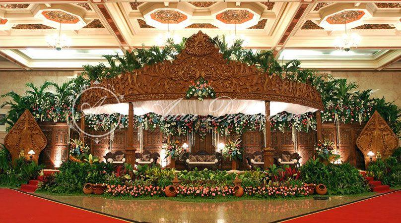 Gebyok jawa pelaminan google search wedding decor and little gebyok jawa pelaminan google search junglespirit Images