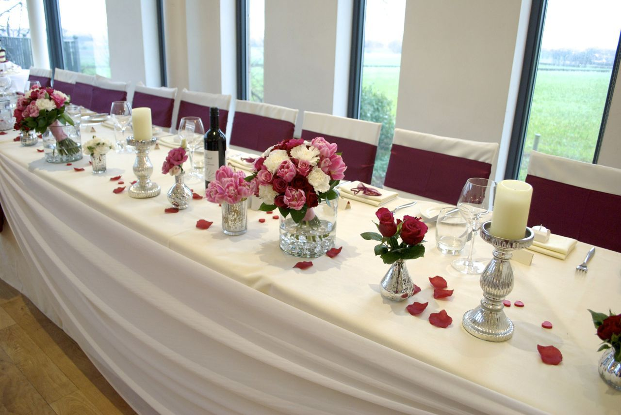Top Table Flower Arrangements For Weddings