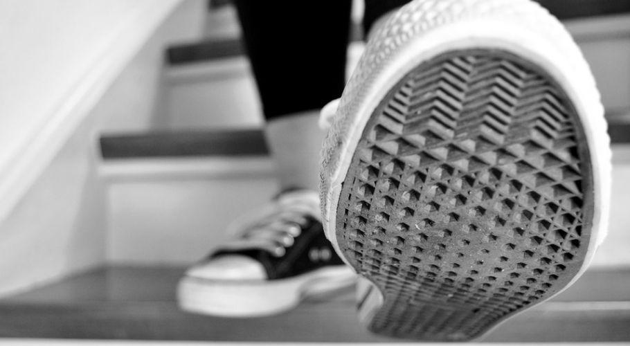 Ejercicios en escaleras, una manera económica de estar en forma - http://www.bezzia.com/ejercicios-escaleras-una-manera-economica-estar-forma/