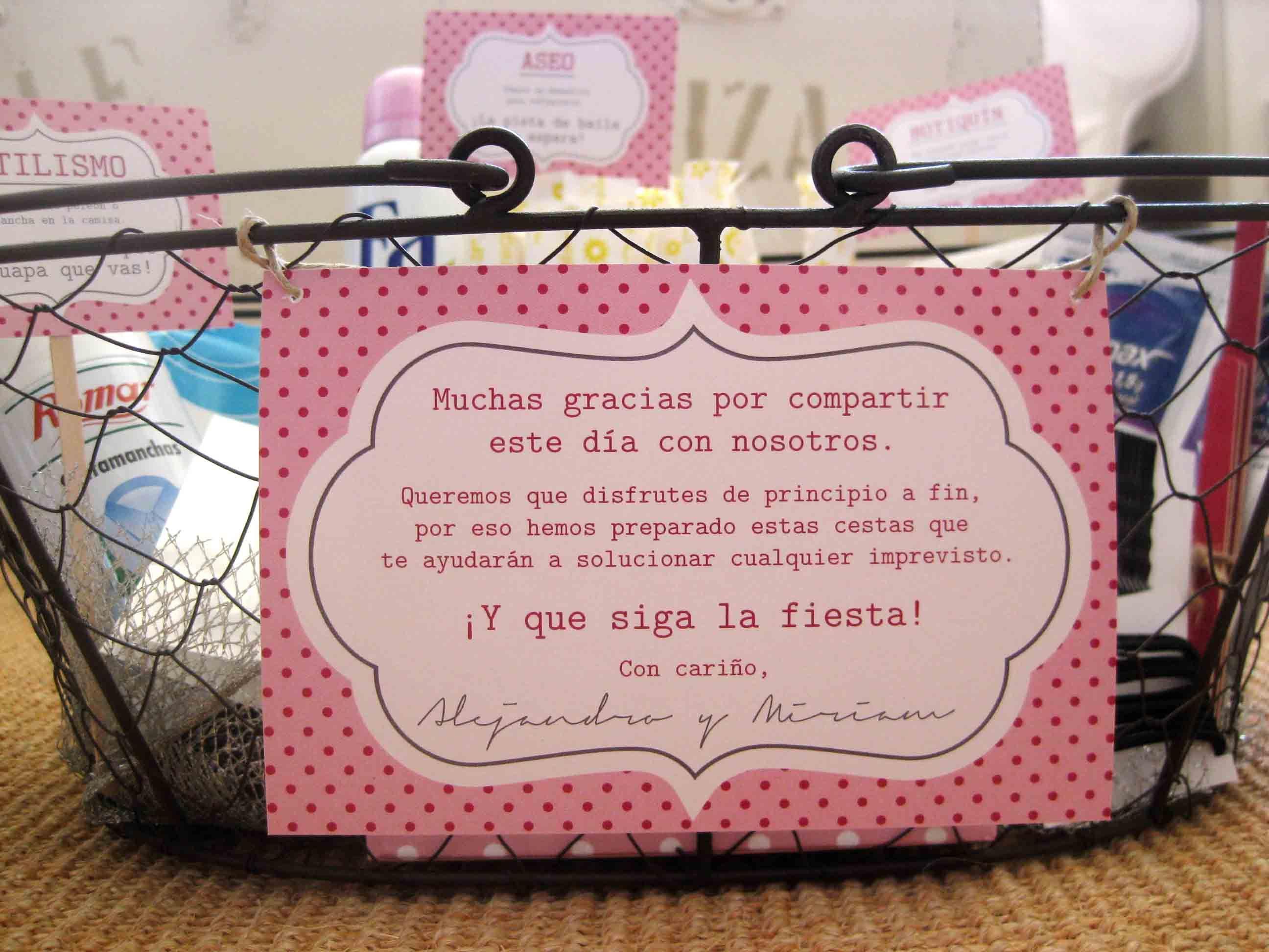 Qué incluir en una cesta para el baño de la boda? | Punto&aparty ...