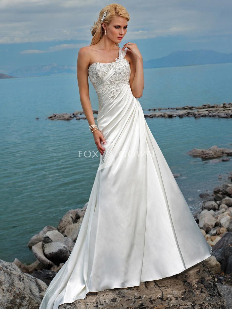 Fashion beach a line wedding dress satin beaded bodice with one